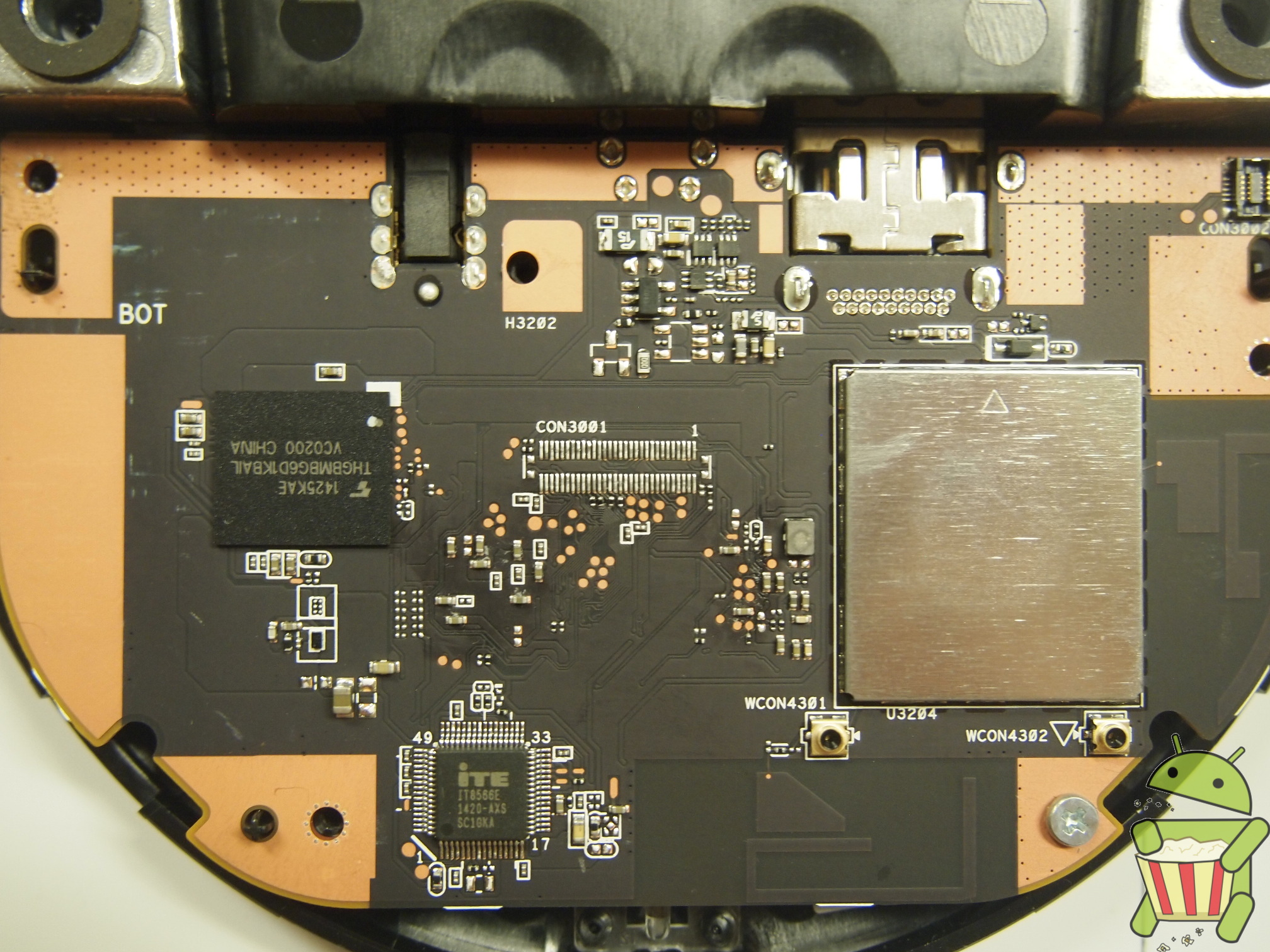 NP-Case-Open-Heatsink-Removed-Bottom-Zoom.jpg
